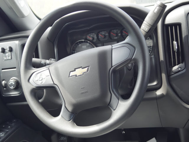 2019 Silverado 5500 Crew Cab DRW 4x2, Knapheide Value-Master X Platform Body #TR75944 - photo 17