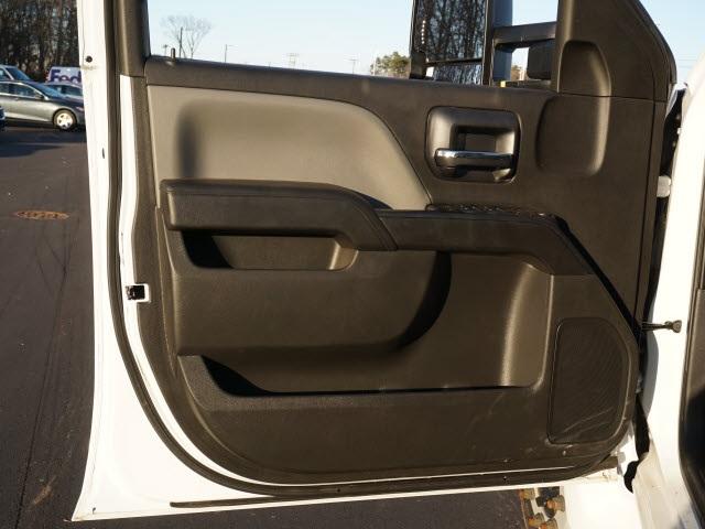 2019 Chevrolet Silverado 5500 Crew Cab DRW 4x2, CM Truck Beds Platform Body #TR76143 - photo 13