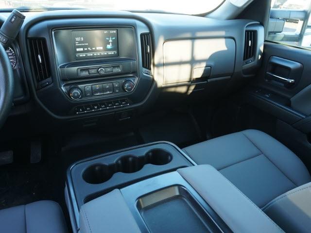 2019 Chevrolet Silverado 5500 Crew Cab DRW 4x2, CM Truck Beds Platform Body #TR76143 - photo 16