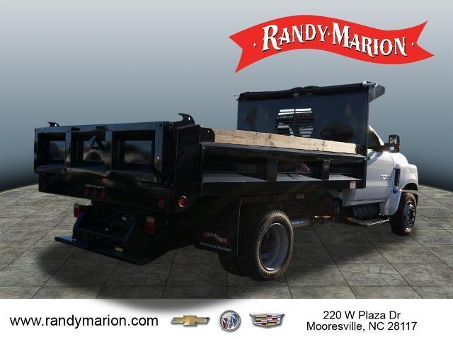 2019 Chevrolet Silverado 5500 Regular Cab DRW 4x2, Freedom Montana Dump Body #TR76347 - photo 2