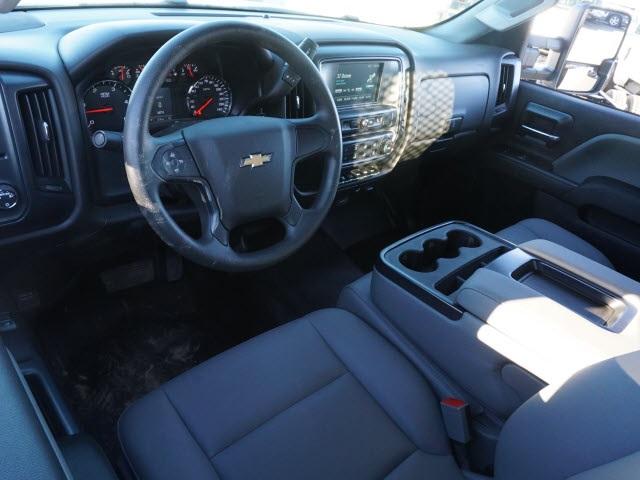 2019 Chevrolet Silverado 5500 Regular Cab DRW 4x2, PJ's Platform Body #TR76352 - photo 17