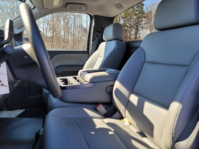 2019 Chevrolet Silverado 5500 Regular Cab DRW 4x2, Reading SL Service Body #TR76356 - photo 14