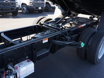 2019 Chevrolet Silverado 5500 Regular Cab DRW 4x2, PJ's Platform Body #TR76363 - photo 15