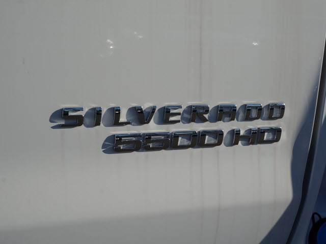 2019 Chevrolet Silverado 5500 Regular Cab DRW 4x2, Reading SL Service Body #TR76555 - photo 10