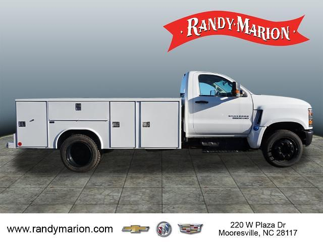 2019 Chevrolet Silverado 5500 Regular Cab DRW 4x2, Reading SL Service Body #TR76664 - photo 12