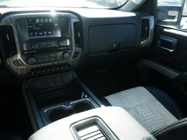 2019 Chevrolet Silverado 4500 Crew Cab DRW 4x4, CM Truck Beds Hauler Body #TR76694 - photo 18