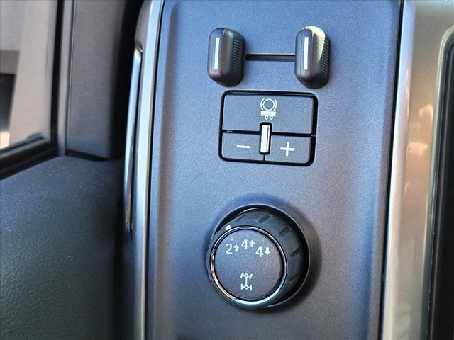 2019 Chevrolet Silverado 4500 Crew Cab DRW 4x4, CM Truck Beds Platform Body #TR76695 - photo 19