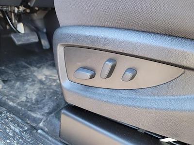 2019 Chevrolet Silverado 4500 Crew Cab DRW 4x4, CM Truck Beds Platform Body #TR76695 - photo 18