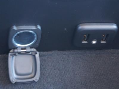 2019 Chevrolet Silverado 5500 Regular Cab DRW 4x2, Reading SL Service Body #TR76718 - photo 4