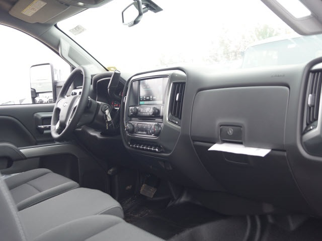 2019 Chevrolet Silverado 6500 Regular Cab DRW 4x2, Cab Chassis #TR77221 - photo 12