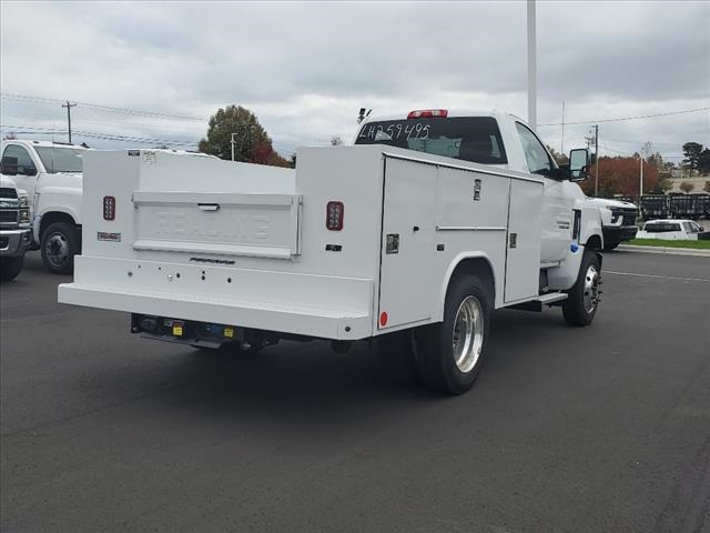 2020 Chevrolet Silverado 5500 Regular Cab DRW 4x2, Reading SL Service Body #TR77415 - photo 2