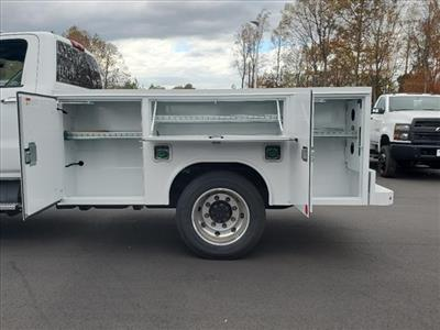 2020 Chevrolet Silverado 5500 Regular Cab DRW 4x2, Reading SL Service Body #TR77415 - photo 11