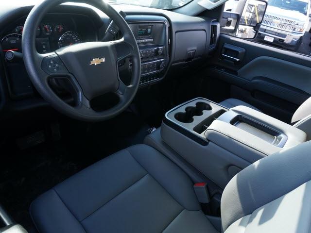 2019 Chevrolet Silverado 4500 Regular Cab DRW 4x2, CM Truck Beds Platform Body #TR77807 - photo 17