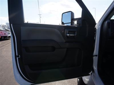 2019 Chevrolet Silverado 5500 Regular Cab DRW 4x2, CM Truck Beds Platform Body #TR77808 - photo 15