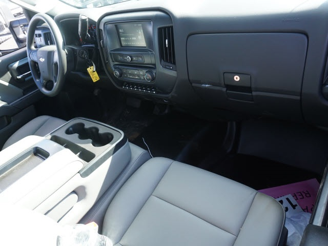 2019 Chevrolet Silverado 5500 Regular Cab DRW 4x2, CM Truck Beds Platform Body #TR77810 - photo 18