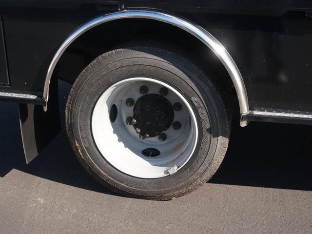 2019 Chevrolet Silverado 5500 Regular Cab DRW 4x2, CM Truck Beds Platform Body #TR77810 - photo 9