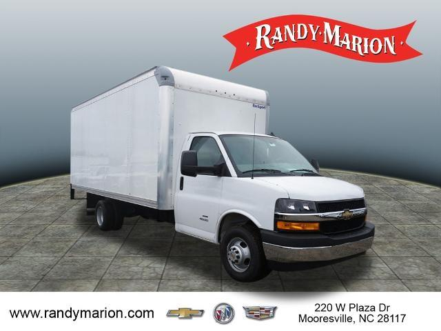 2020 Chevrolet Express 4500 DRW 4x2, Rockport Cutaway Van #TR79832 - photo 1