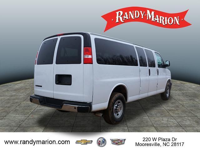 2020 Chevrolet Express 3500 4x2, Passenger Wagon #TR80807 - photo 2
