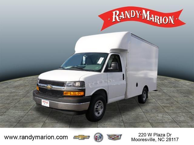 2020 Chevrolet Express 3500 4x2, Supreme Spartan Cargo Cutaway Van #TR81672 - photo 4