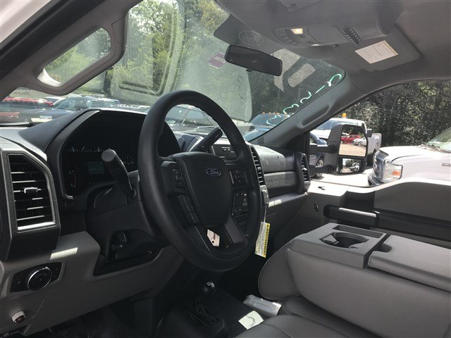 2018 F-550 Regular Cab DRW 4x4,  Dump Body #J1096 - photo 14