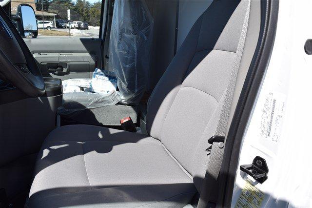 2018 E-350 4x2,  Dejana DuraCube Cutaway Van #J975 - photo 12