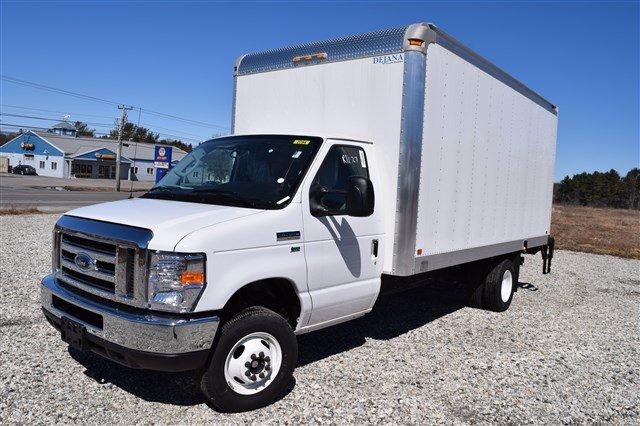 2018 E-350 4x2,  Dejana Truck & Utility Equipment DuraCube Cutaway Van #J975 - photo 4