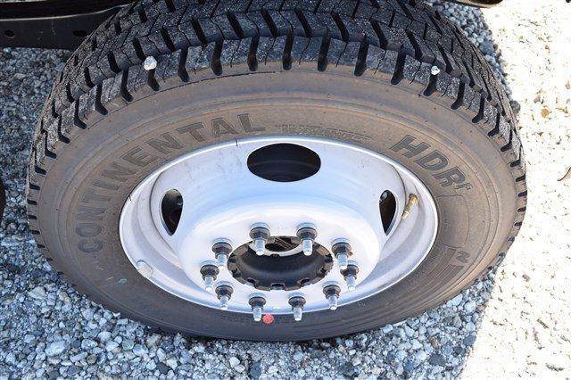 2019 F-550 Regular Cab DRW 4x4,  Iroquois Brave Series Stainless Steel Dump Body #K290 - photo 10