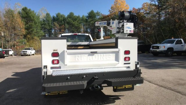 2019 F-550 Regular Cab DRW 4x4,  Mechanics Body #K647 - photo 16