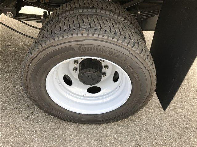 2019 F-550 Regular Cab DRW 4x4,  Dump Body #K668 - photo 5
