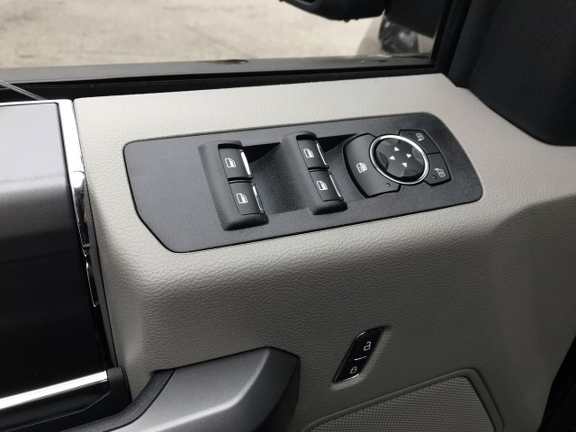 2019 F-150 SuperCrew Cab 4x4,  Pickup #K836 - photo 5