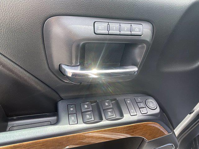 2017 Chevrolet Silverado 1500 Crew Cab 4x4, Pickup #M169C - photo 6