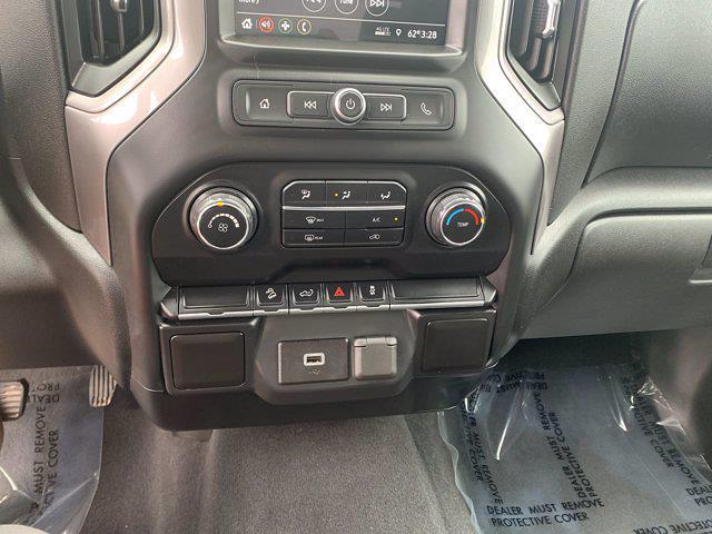 2019 Chevrolet Silverado 1500 Double Cab 4x4, Pickup #M442A - photo 12