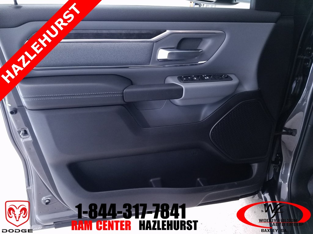 2019 Ram 1500 Crew Cab 4x4,  Pickup #DT010293 - photo 10