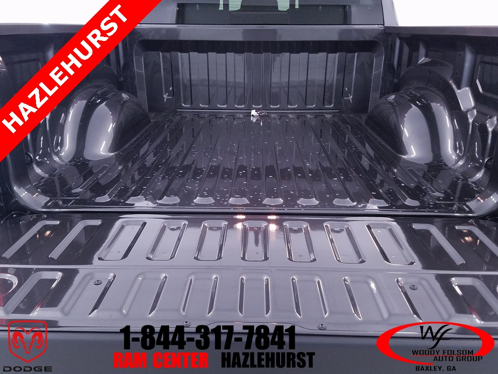 2019 Ram 1500 Crew Cab 4x4,  Pickup #DT010293 - photo 9