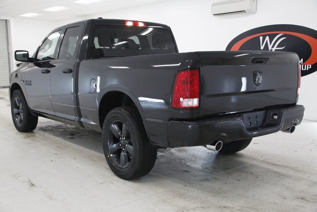 2018 Ram 1500 Quad Cab 4x2,  Pickup #DT011081 - photo 2