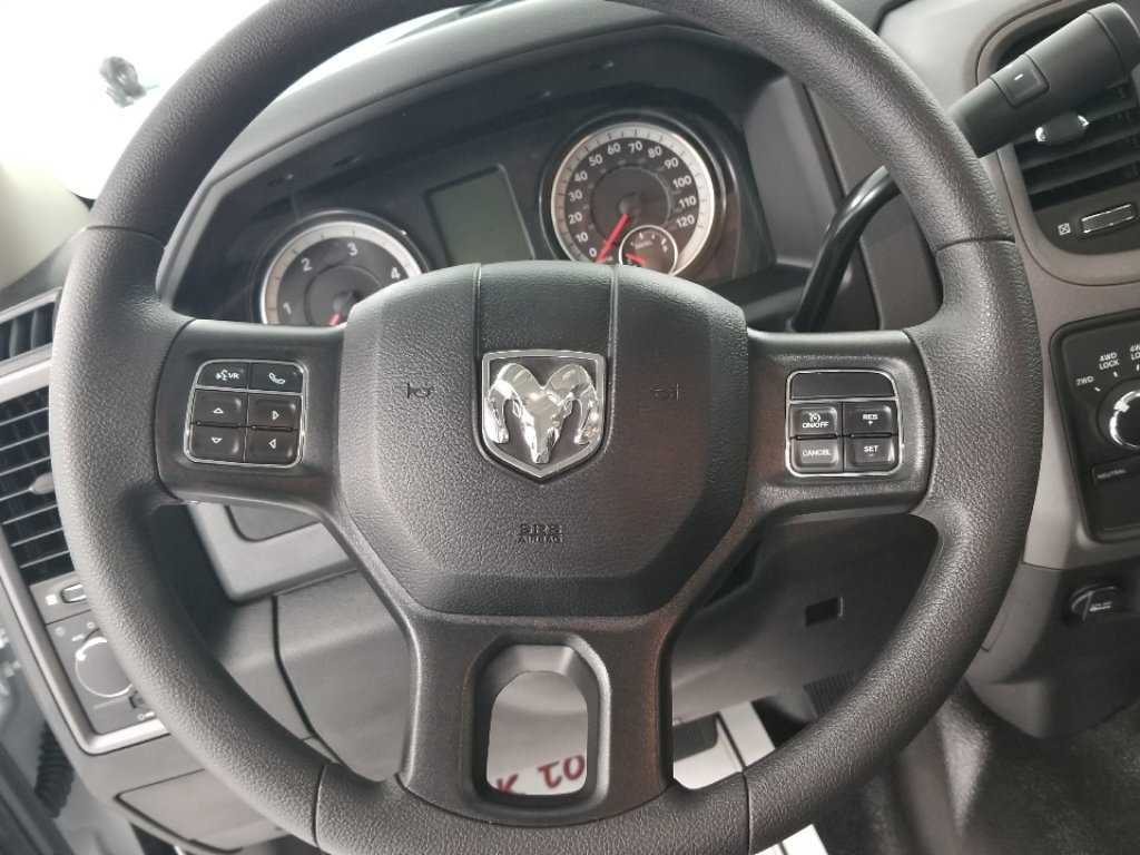 2018 Ram 4500 Crew Cab DRW 4x4,  Warner Service Body #DT011685 - photo 14