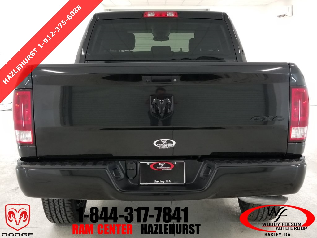 2018 Ram 1500 Crew Cab 4x4,  Pickup #DT022686 - photo 7