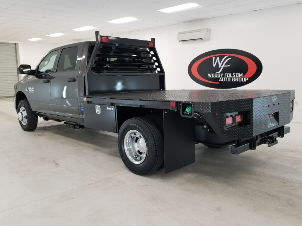 2018 Ram 3500 Crew Cab DRW 4x4,  Commercial Truck & Van Equipment Platform Body #DT022781 - photo 2