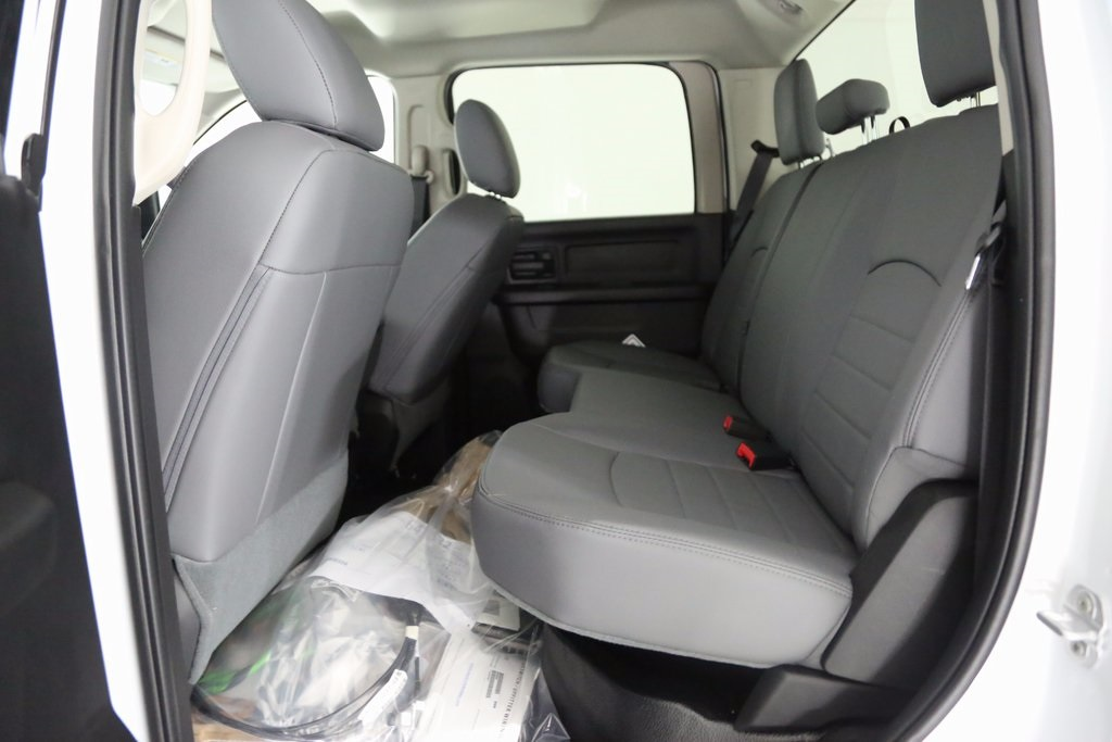 2017 Ram 3500 Crew Cab 4x2,  Platform Body #DT031072 - photo 10