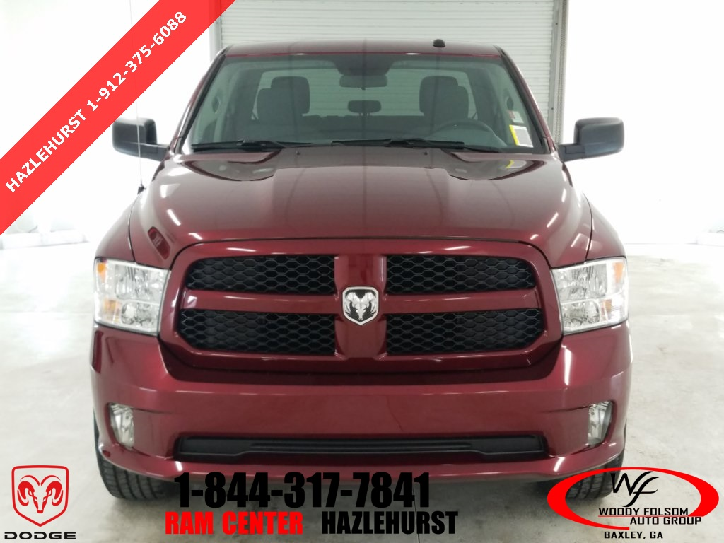 2018 Ram 1500 Crew Cab 4x4,  Pickup #DT032683 - photo 3
