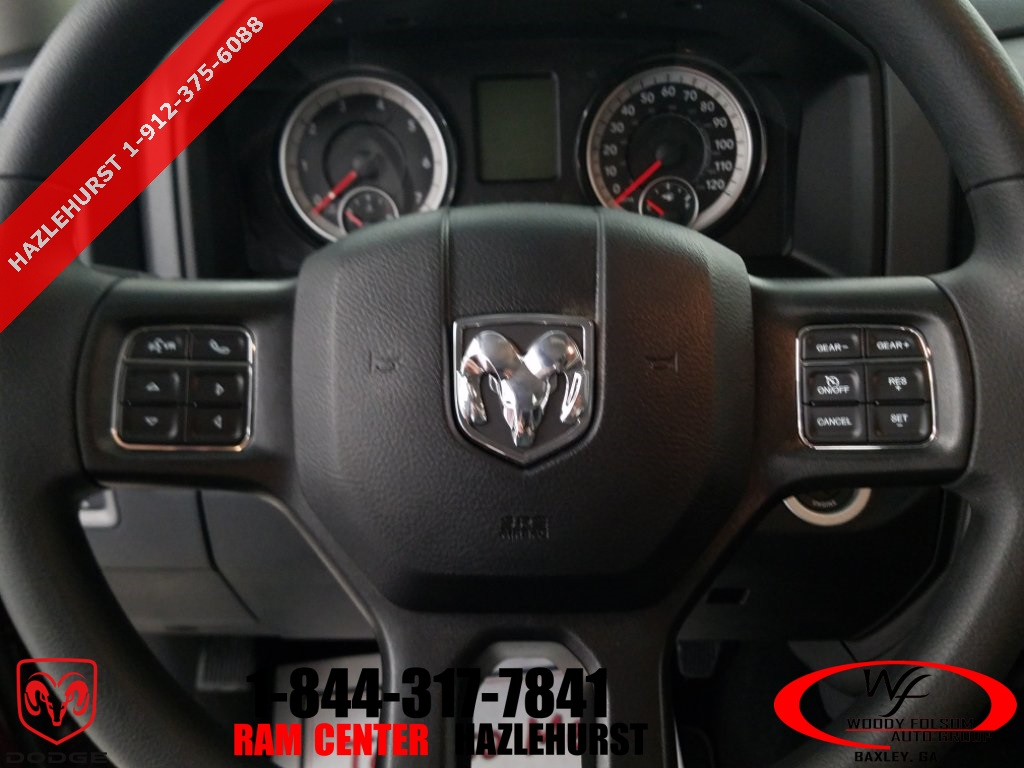 2018 Ram 1500 Crew Cab 4x4,  Pickup #DT032683 - photo 16