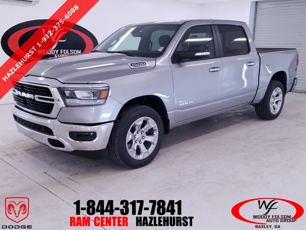 2019 Ram 1500 Crew Cab 4x2,  Pickup #DT032785 - photo 1
