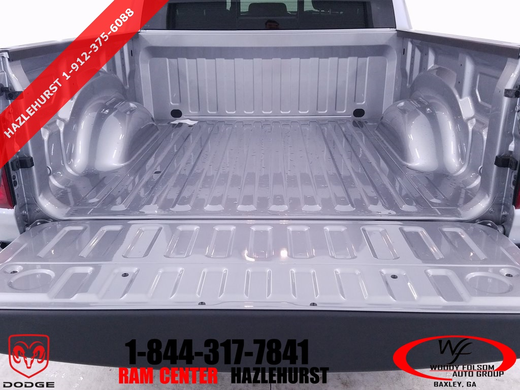 2019 Ram 1500 Crew Cab 4x2,  Pickup #DT032785 - photo 7