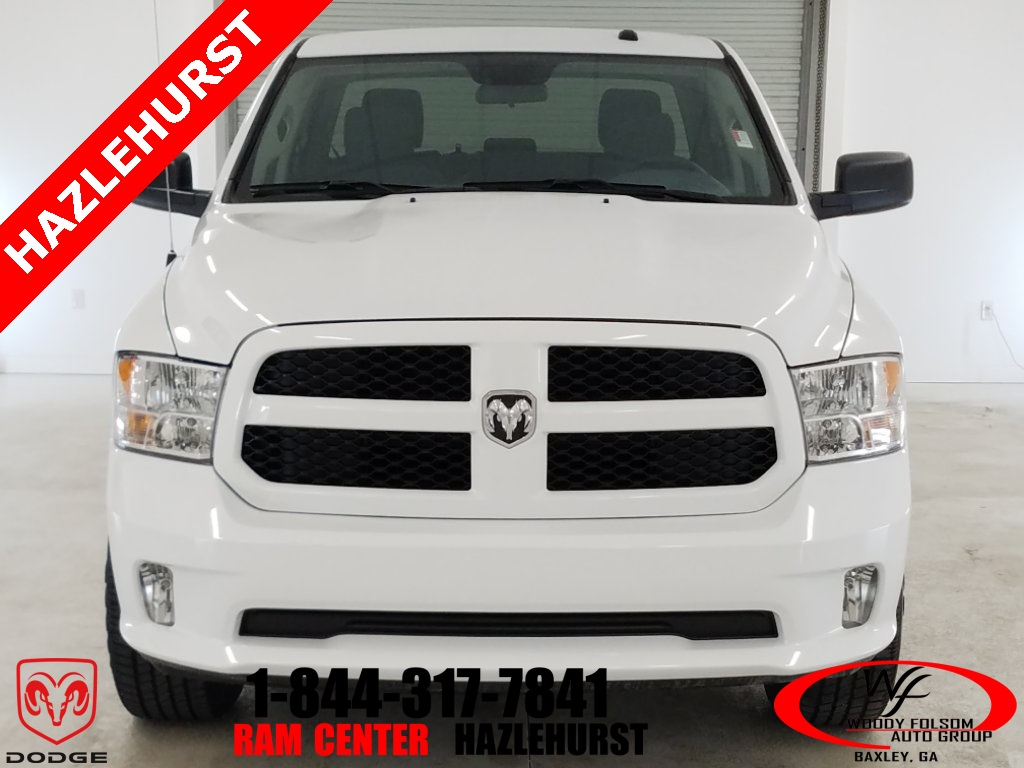 2018 Ram 1500 Crew Cab 4x4,  Pickup #DT032981 - photo 3