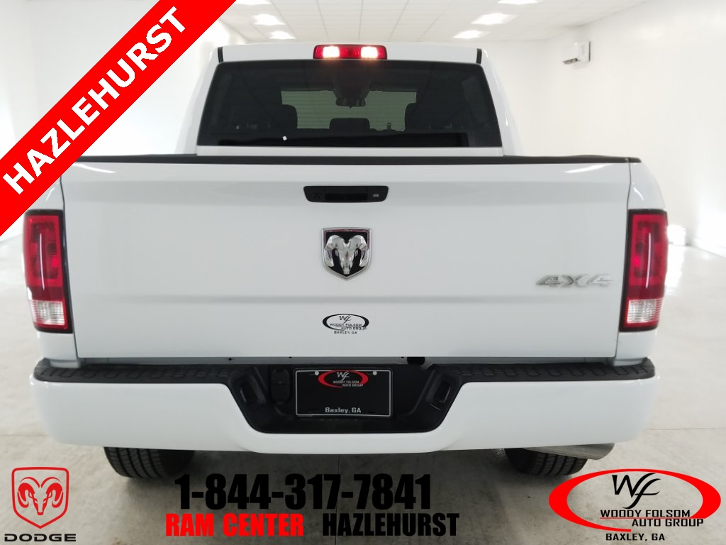 2018 Ram 1500 Crew Cab 4x4,  Pickup #DT032981 - photo 6