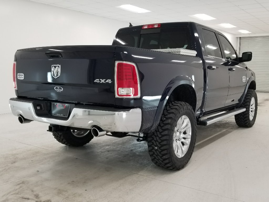 2017 Ram 1500 Crew Cab 4x4, Pickup #DT050474 - photo 12