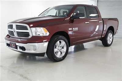 2017 Ram 1500 Crew Cab 4x4,  Pickup #DT050874 - photo 1