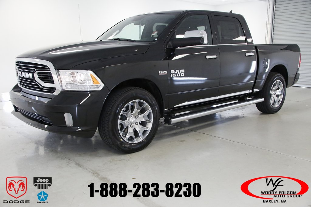 2017 Ram 1500 Crew Cab 4x4,  Pickup #DT051577 - photo 1