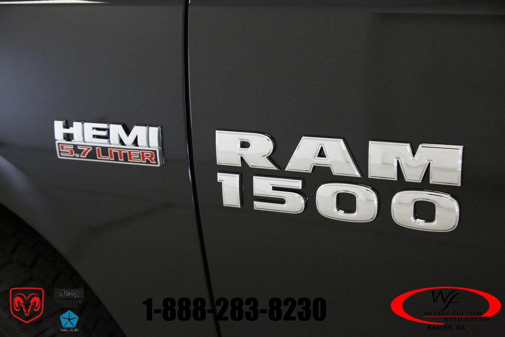 2017 Ram 1500 Crew Cab 4x4,  Pickup #DT051577 - photo 5