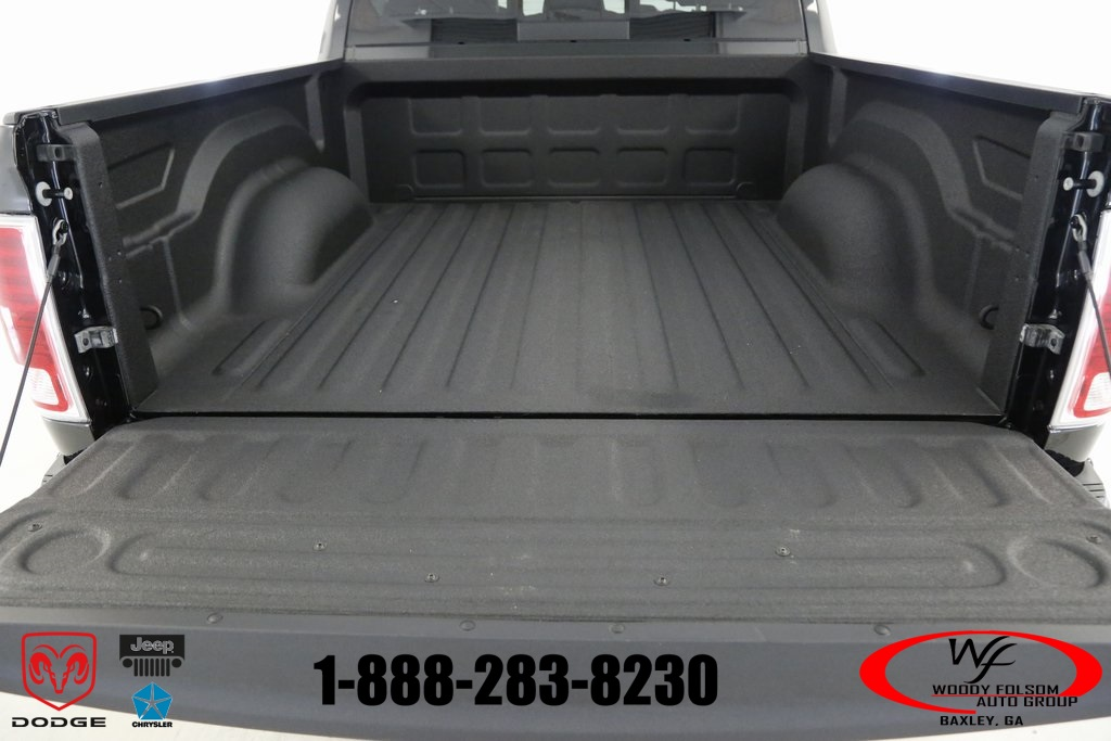 2017 Ram 1500 Crew Cab 4x4,  Pickup #DT051577 - photo 11